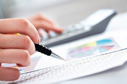 Calculatrice comptabilité stylo graphiques
